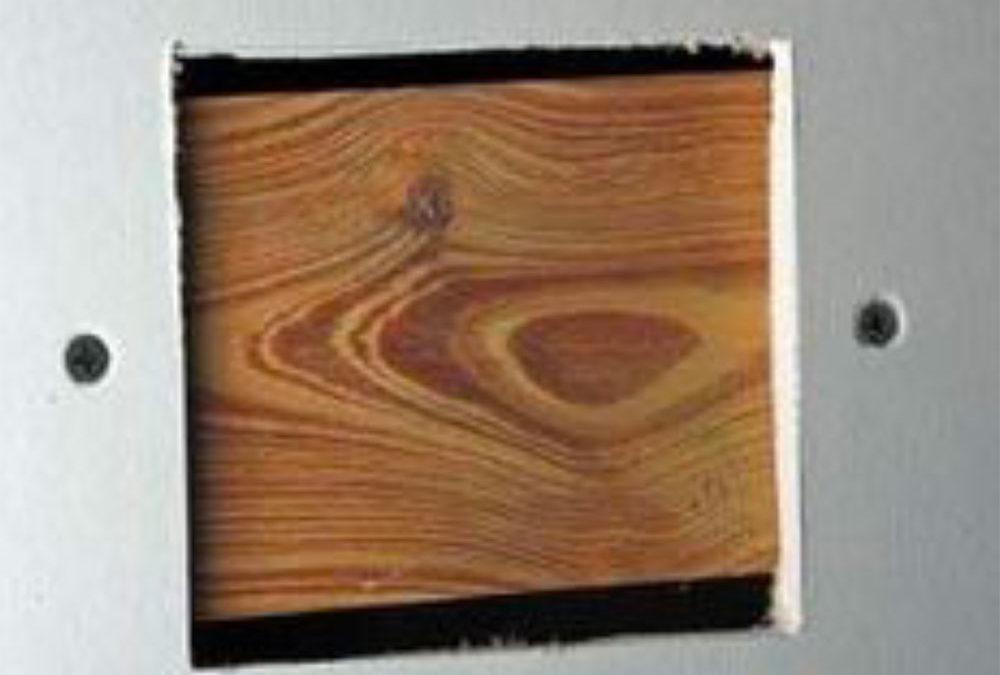 Hvordan sparkle mellomstore hull på gipsvegg